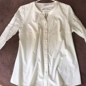 Denim and Company white blouse with lace sleeves